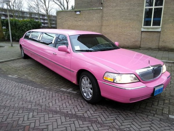 Lincoln limousine roze fotogalerij 1